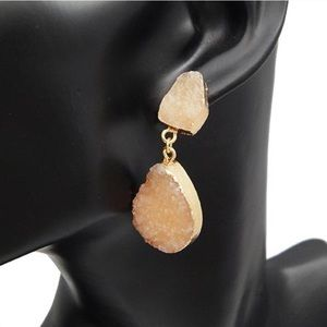 NEW Oval Druzy dangle Earrings Champagne color